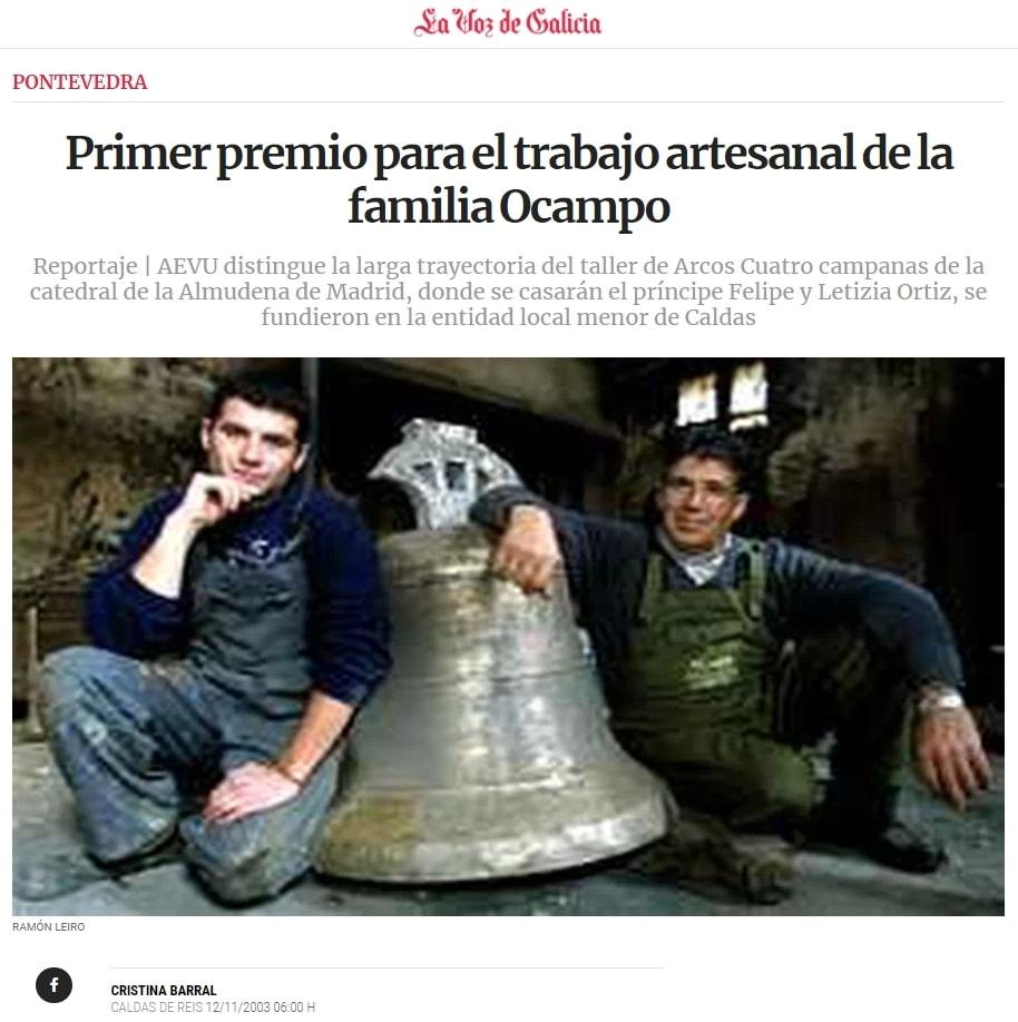 Enrique López García y su hijo José Enrique López Ocampo en su taller de Arcos da Condesa